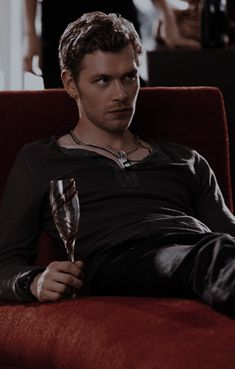 Stefan Salvatore, Vampire Diaries, Kai, Fictional Characters, The Vampire Diaries, Fantasy Characters, Chicken