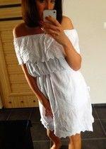 Sukienka koronka biała falbana