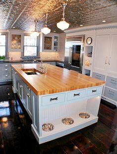 artisan kitchens llc is a kitchen and bath design and remodeling firm serving cape cod the islands and all of