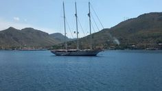 Blue Cruise - Let us help you start planning for your luxury blue voyage Greek Islands or blue cruise Turkey. Wooden Sailboat, Sailing Holidays, Pure Fun, Yacht Design, Corsica, Sardinia, Holiday Fashion, Luxury Travel, Sailing Ships