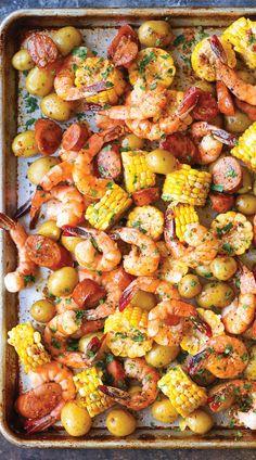 9 Sheet Pan Meals For Easy Weeknight Dinners || Sheet Pan Shrimp Boil