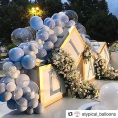 """Festa Infantil Oficial on Instagram: """"#Repost @atypical_balloons with @get_repost ・・・ При использовании света любое оформление преображается до неузнаваемости, а сочетание…"""" Birthday Balloon Decorations, Baby Shower Decorations For Boys, Boy Baby Shower Themes, Baby Shower Balloons, Baby Shower Gender Reveal, Baby Boy Shower, Shower Party, Baby Shower Parties, Shower Favors"""