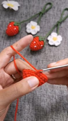 Crochet Fruit, Cute Crochet, Crochet Motif, Crochet Designs, Easy Crochet, Crochet Flowers, Crochet Doll Tutorial, Crochet Instructions, Diy Crochet Projects