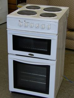 Belling electric cooker -------------------- £85 (pc681)