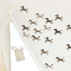 brown horses adhesive -www.tresxics.com