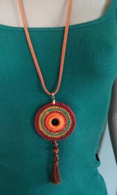 Best 12 Medallion necklace denim with orange flower crochet by DIDIcrochet, – SkillOfKing. Crochet Jewelry Patterns, Crochet Accessories, Crochet Designs, Crochet Ornaments, Crochet Crafts, Crochet Projects, Textile Jewelry, Fabric Jewelry, Crochet Bracelet