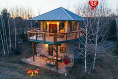 Modern firetower chalet with majestic views - Chalets for Rent in Bloomsburg, Pennsylvania, United States Modern firetower chalet with majestic views - Chalets for Rent in Bloomsburg<br> Chalet Design, Tower House, Tiny House Plans, Tiny House Design, Cabins In The Woods, Modern Luxury, Modern Rustic, Architecture Design, Landscaping