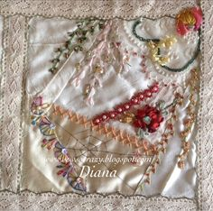 I got to see Diana's completed crazy- she attended my workshops at Maleny Magic at the beginning of the year.  Diana's stash consisted mai...