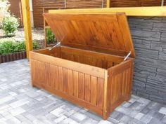 dřevěná truhla na polstry Outdoor Furniture, Outdoor Decor, Outdoor Storage, Home Decor, Decoration Home, Room Decor, Interior Decorating, Outdoor Furniture Sets