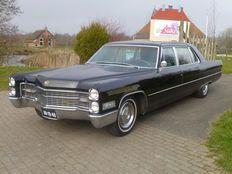 Cadillac Fleetwood Limo - 1966
