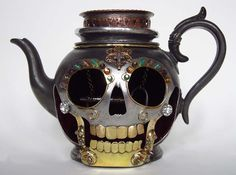 Made from an antique pewter teapot with reclaimed metals and crystal beads. The inside is lined with red velvet adn an antique key hangs from the centre. By Carola Del Mese Antique Keys, Antique Pewter, Skull Decor, Skull Art, Dark Punk, Teapots And Cups, Gothic House, Memento Mori, Chocolate Pots