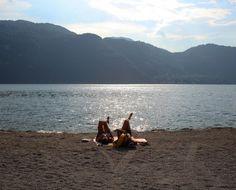 A beach in Abbadia Lariana, Lake Como | Spiaggia ad Abbadia Lariana, Lago di Como | #lake #Como #Lago #Italy #lakecomoapp #beach