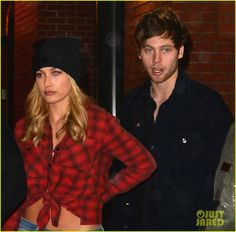 Hailey Baldwin & Singer Luke Hemmings Get Dinner in NYC!: Photo Hailey Baldwin braves the rainy weather in a beanie while heading out from dinner at Cipriani restaurant on Wednesday evening (October in New York City. 5sos Luke, 1d And 5sos, 5sos Girlfriends, Teenage Dirtbag, E 3, Rainy Weather, Ashton Irwin, Calum Hood, Luke Hemmings