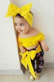 In this video, we will show you beautiful stylish kids outfit ideas, baby girls dress designs, cute Kids Style & more. Find out the perfect outfits for your . So Cute Baby, Cute Baby Girl Pictures, Baby Kind, Cute Baby Clothes, Funny Baby Photos, Cute Little Baby Girl, Cute Kids Pics, Fashion Kids, Baby Girl Fashion
