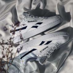 Reebok Club C Revenge MU Hotel White / Navy / Gold Credit : Asphaltgold — #reebok #clubc #sneakerhead #sneakersaddict #sneakers #kicks #footwear #shoes #fashion #style Latest Sneakers, Men's Sneakers, Custom Sneakers, Custom Shoes, Sneakers Fashion, Reebok Club C, Footwear Shoes, Navy Gold, Revenge