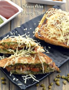 Cheese Aloo Moong Toast Side Recipes, Brunch Recipes, Indian Food Recipes, Vegetarian Recipes, Snack Recipes, Healthy Cooking, Cooking Recipes, Cooking Time, Sandwich Ingredients