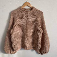 Chunky Sommer - opskrift fra Knitting by Brosbøl & Henriksen Sweater Knitting Patterns, Knitting Designs, Drops Baby, Budget Planer, Raglan, Drops Design, Cardigans For Women, Diy Clothes, Knitwear