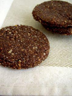 Coffee&ChoColate: Biscotti integrali al cacao e nocciole