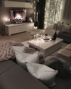 Room Inspiration Wohnzimmer Inspiration - Wohnen ❤️ - The Beauty Of Glam Living Room, Living Room Decor Cozy, Living Room Interior, Living Room Ideas Uk, Bedroom Ideas For Small Rooms Cozy, Living Room Goals, Decor Room, Living Area, Living Spaces
