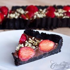 Torta de Chocolate e Morango Sem Forno