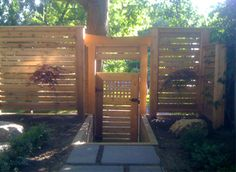 Hardscaping Tip: Ultimate Guide to Horizonal Fences | [ Toronto Landscapers ]
