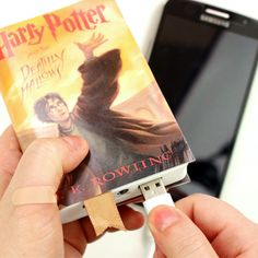 How to make phone charger shaped like an Harry Potter book. In this video tutorial i show how i made this cute book phone charger. this power bank is suitable for any phone or iPhone. this diy iPhone charger is great gift idea for Harry Potter lovers. You can make covers with the book you like and change it as much as you want, all you need is a double sided tape.