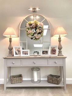 20 Cozy Living Room Decorating Ideas 2019 Some elements from this will be a nice idea for a hallway table for us. The post 20 Cozy Living Room Decorating Ideas 2019 appeared first on Entryway Diy. Decoration Hall, Decoration Shabby, Hall Way Decor, Home Ideas Decoration, Living Room On A Budget, Cozy Living Rooms, Dining Room Ideas On A Budget, Sitting Rooms, Living Room With Stairs