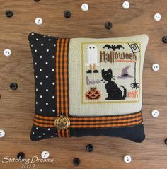 """For Needlework Smalls lovers all over. PLEASE post your Needlework Smalls finishes. Let's make this the largest source of Smalls """"Inspiration"""" on the net. Please make sure your Smalls are in a finished form. Halloween Quilts, Halloween Sewing, Halloween Pillows, Halloween Cross Stitches, Halloween Embroidery, Halloween Halloween, Fall Cross Stitch, Cross Stitch Pillow, Cross Stitch Finishing"""