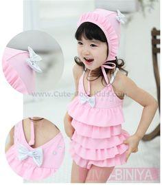 ชุดว่ายน้ำเด็กหญิงสีชมพู พร้อมหมวก - 3T*,* 4T* 5T-- 6T-- ~ 459.00 บาท >>