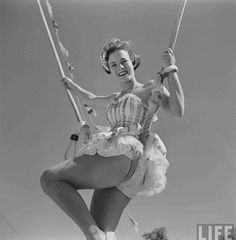 I searched the archives of the LIFE magazine and found these beautiful photos of the early days of the circus. Circus Girl University Of Fl. Old Circus, Circus Clown, Vintage Photographs, Vintage Photos, Vintage Stuff, Estilo Pin Up Retro, Cirque Vintage, Art Du Cirque, Circus Costume