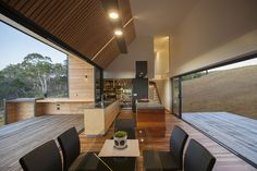 Valley House / Philip M Dingemanse