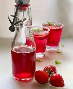 Αρωματικό σιρόπι φράουλας για γλυκά, κοκτέιλ, λικέρ και κάθε χρήση Strawberry Syrup, Recipies, Deserts, Dressings, Recipes, Postres, Dessert, Plated Desserts, Desserts