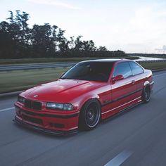E36 Coupe, E36 Sedan, Bmw 316i, Bmw Red, Bmw Performance, Street Racing Cars, Nissan 240sx, Bmw Classic Cars, Bmw 3 Series