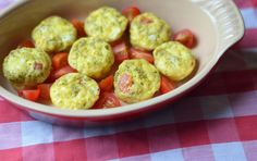 Skip the carbs for breakfast and opt for lean protein like these pesto egg bites. Make a batch ahead time for a quick and easy healthy start to the day. Healthy Afternoon Snacks, Healthy Snacks, Healthy Recipes, Healthy Breakfasts, Healthy Eating, Clean Eating, Skinny Recipes, Yummy Recipes, Keto Recipes