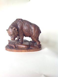 """C.v.Bergen & Co. Interlaken""  Swiss carved bear  C. 1870 Alpenholz Antiques"