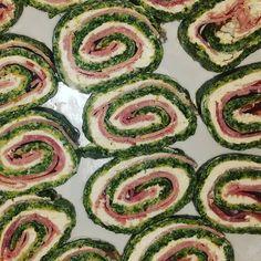 Richtig tolles Low-Carb-Rezept  Schinken-Spinat-Röllchen. #lowcarb #diet #diät #essen #foodporn #food #hmmm #spinat #frischkäse #schinken #lecker #yummi  #instagood #picoftheday #like4like #cooking by jassi.lala