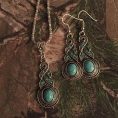 Turquoise Necklace and Earrings 💙 Stunning turquoise pendant in antique silver setting with matching earrings! Blue CZ crystals add beautiful sparkle! 💙 Jewelry