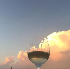 wine and the sky Oui Oui, Mood, Aphrodite, Photos, Pictures, Daydream, Ethereal, Indie, Scenery