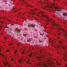 Valentine Hearts Granny Squares by prairiecottagerose, via Flickr