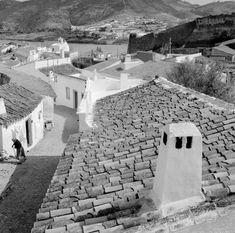 road to nowhere Algarve, Portugal, Vintage Photographs, Lisbon, Portuguese, The Good Place, Sidewalk, Exterior, Black And White
