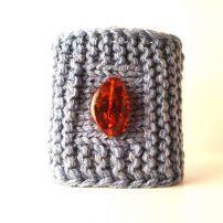 Soft cashmere bracelet with transparent amber