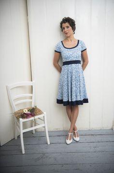 Blaues Sommerkleid mit Mustern / blue sommer dress by Ave evA via DaWanda.com