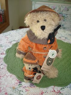 Boyds Bears Einstein Q. Scardey Bear w/stand and Lil' Einstein Retired #Halloween