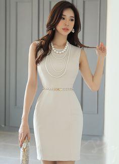 Korean Fashion – Designer Fashion Tips Korean Dress Formal, Elegant Dresses, Cute Dresses, Fashion Women, Women's Fashion, Fashion Design, Fashion Ideas, Fashion Trends, Romantic Outfit