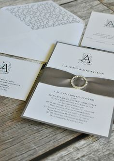 Sophistacted and sheer wedding invites from @dawninvites' Colin Cowie Collection.