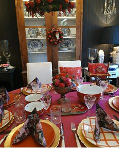 Table Settings, Home, Ad Home, Place Settings, Homes, Haus, Tablescapes, Houses