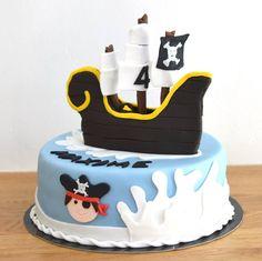 Gâteau anniversaire pirate - bateau pirate en pâte à sucre - cake design
