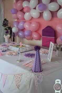Festinha em casa: Princesas