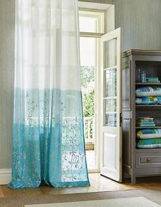 Callista Collection by Clarissa Hulse for Harlequin. #interiordesign #harlequin #callista #clarissahulse #fabric #wallpaper #malcolmfabrics