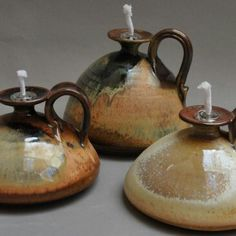 Pottery Oil Lamps - Would love a few of these around the house for when the power's out.might also be really fun to sell. Ceramic Mugs, Ceramic Pottery, Ceramic Art, Ceramic Oil Burner, Ceramic Candle Holders, Clay Pots, Clay Clay, Pottery Bowls, Oil Lamps